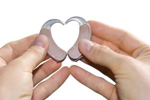 hearing-aids-heart